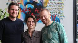Maggie Blue: All-day (and night) concept in Alphen aan den Rijn [video]